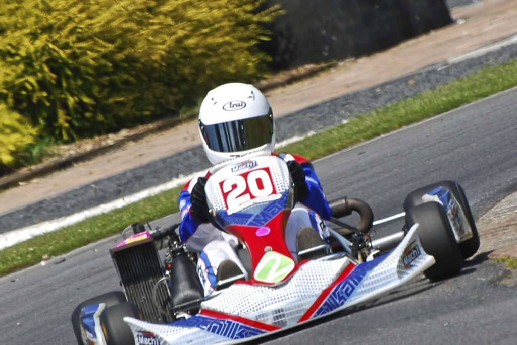 Photo of Damani Marcano driving his 2013 Mach1 Kart for MLC Motorsport
